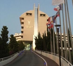 Eingang Hotel Concorde De Luxe Resort