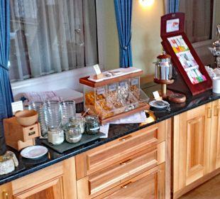 Frühstücksbuffet rechte Seite Belvédère Strandhotel
