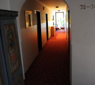 Dunkler Flur Ruchti's Hotel & Restaurant