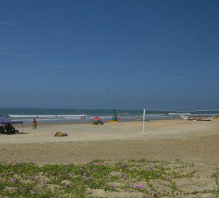 Strand Hotel Holiday Inn Resort Goa