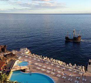 Pool und Zugang zum Meer  Hotel The Cliff Bay (PortoBay)