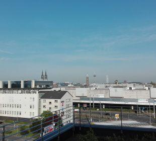 Aussicht Richtung Stadt Radisson Blu Hotel Köln