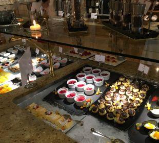 Frühstücksbüffet  Luxury DolceVita Resort Preidlhof