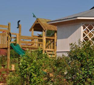 Unser Spielplatz mit Pavillon Landhaus Wildschütz