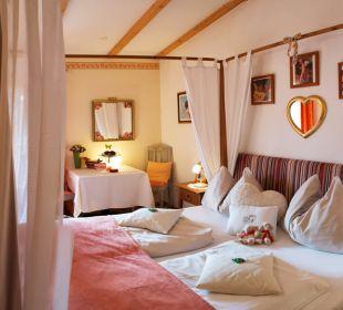 Doppel Zimmer Romantic mit Balkon Landhaus FühlDichWohl