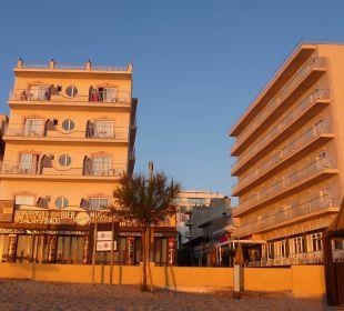 JS Horitzo mit dem Schwesternhotel rechts daneben JS Hotel Horitzó