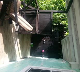Balkon und Dusche  Cocos Hotel