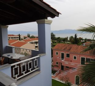 Blick vom Balkon Hotel Robolla Beach