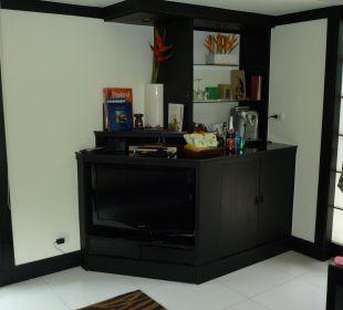 Bar und Fernseher Hotel Banyan Tree Phuket