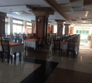 Restaurant Innenbereich Hotel Titan Select