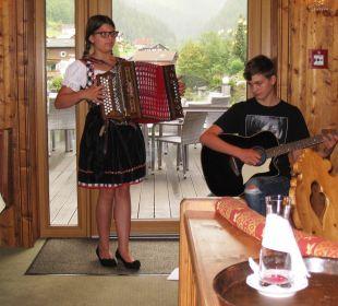 Musikalische Bergkristallkinder Hotel Bergkristall