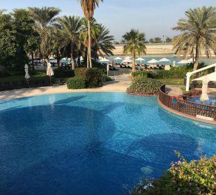 Pool Sheraton Hotel & Resort Abu Dhabi