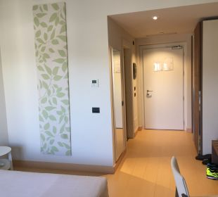 Zimmer CalaCuncheddi Resort & Marina