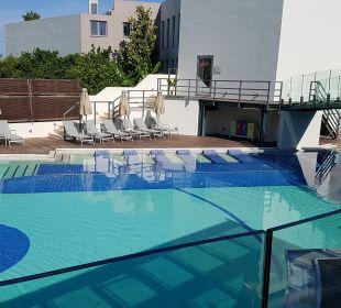 Pool Hotel Minos Mare Royal