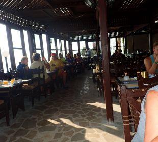 Grillrestaurant mit Meerblick