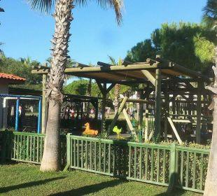 Spielplatz vom Mini Club Bellis Deluxe Hotel