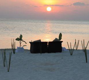 Abendstimmung im Abseits Hotel Constance Moofushi Resort