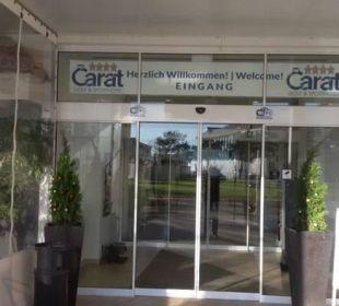 Eingang zum Hotel vom Strand aus Carat Golf & Sporthotel Residenz