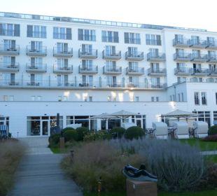 Hotelblick vom Eingang Steigenberger Grandhotel and Spa