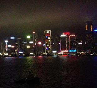 Abendbeleuchtung - Ausblick vom Zimmer Hotel InterContinental Hong Kong