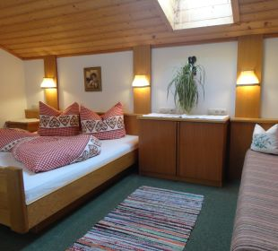 Fewo Edelweiß -Schlafzimmer Pension Schottenhof