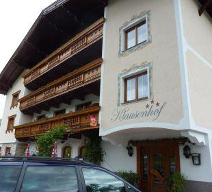 Hotel Außenansicht mit Eingang Hotel Klausenhof