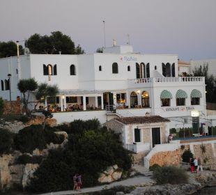 Vom Aussichtspunkt aus. Hotel Poseidon Bahia