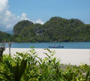 Ausflugsboot am Strand Hotel Tanjung Rhu Resort
