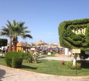 Blick von der Strandpromenade Sensimar Makadi Hotel