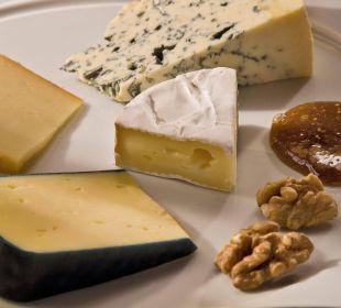 Herzhaftes Käsebuffet Hotel Goldener Stern