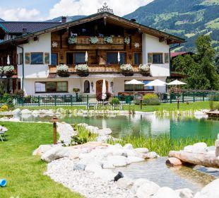 Pool mit Kinderspielplatz Aparthotel Stacherhof
