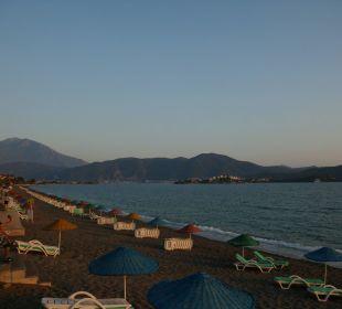 Strand in Richtung Fethiye Hotel Günes