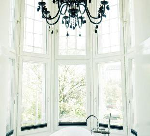 Extrazimmer mit Badewanne im Erker Hotel Wiesler