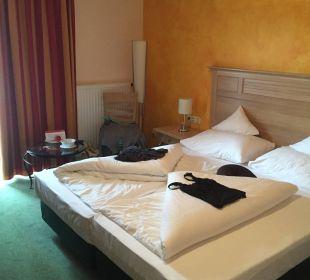 Standarte Zimmer  Das Hotel Eden