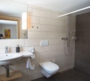 Dusche zum neuen Zimmer Hotel Waldgasthaus Lehmen