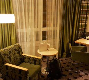 Zweiter Blick ins Zimmer Mövenpick Hotel Nürnberg Airport