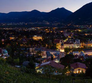Ausblick by night von Ihrem Balkon Appartement & Weingut Linter