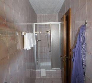 Zimmer 631 Dusche Hotel St. Peter