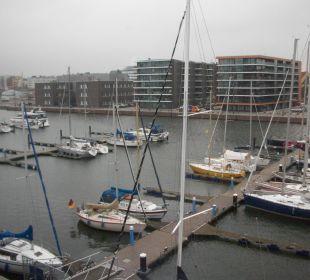 Auf den Jachthafen im-jaich boardinghouse bremerhaven