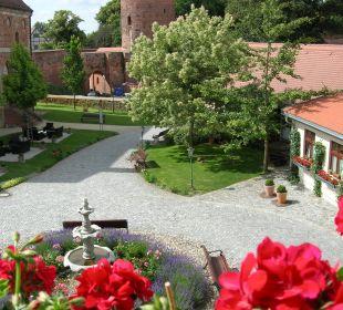 Blick aus dem Zimmer des Schlosses Ringhotel Schloss Tangermünde