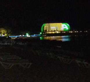 HOTELBLICK AM ABEND SENTIDO Gold Island