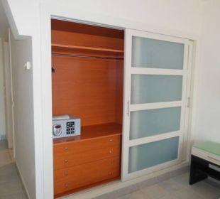 Safe und Schrank Hotel H10 Tindaya