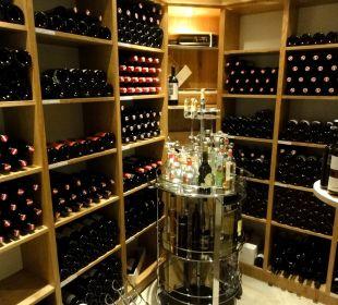 Weinkeller im Restaurant-Bereich Hotel Gabriela