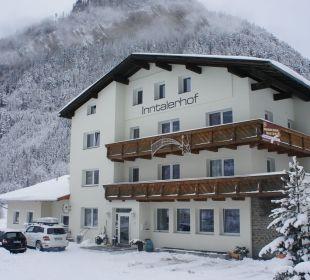 Hausansicht winter Gasthof Inntalerhof