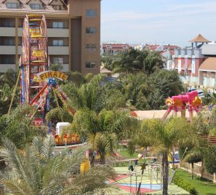 Luna Park immer Abends geöffnet Hotel Royal Dragon