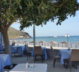 """""""Außenterrasse"""" für den Frühstück und/oder Abendessen Hotel Corissia Beach"""