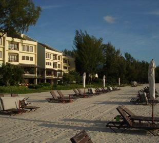 Hotel vom Strand aus Hotel Tanjung Rhu Resort