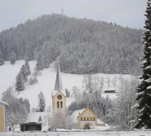 Seitlicher Blick Richtung Ortsmitte WellVital Hotel Tyrol