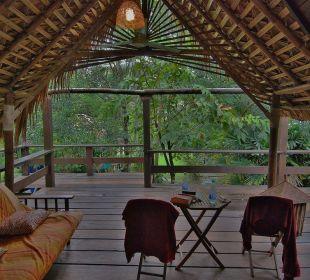 Blick in den Garten von der Veranda Bambus Suite Hotel Na Thai Resort