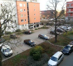 Parkplatz, es ist ruhig NOVINA HOTEL Tillypark